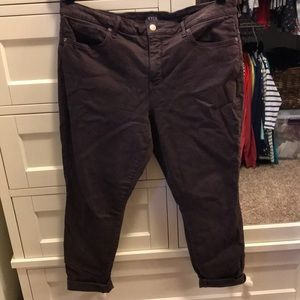 Purple/brown cropped jeans